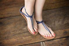 Sandals € 19,95. By Veritas.
