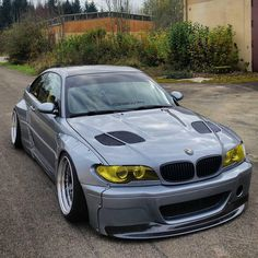 Bmw 318, Carros Bmw, Bmw Wallpapers, Bmw 1 Series, Classy Cars, Automotive Photography, Modified Cars, Bmw Cars, Luxury Cars