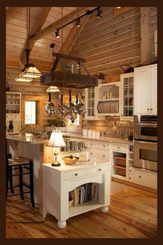 30 Most Popular Rustic Kitchen Ideas You'll Want to Copy Rustic Kitchen Ideas - Do you want to leave the fast-paced city life? This post features 30 countrified kitchen layouts that include a spectacular rustic style to your kitchen . Farmhouse Kitchen Island, Rustic Kitchen Cabinets, Rustic Kitchen Design, Wooden Kitchen, Country Kitchen, New Kitchen, Rustic Farmhouse, Kitchen Islands, Rustic Design