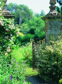 Lower Severalls Farmhouse B in Crewkerne, Britain -- Lovely gate! Garden Cottage, Witch's Garden, Shade Garden, Enchanted Garden, Garden Gates, Garden Entrance, My Secret Garden, Dream Garden, Garden Inspiration