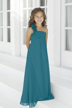 Jr. Bridesmaid dress. Love this. Not a flower girl or an adult bridesmaid