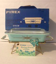 Vintage Pyrex Starburst 575 Spacesaver Casserole Dish Original Box New Condition