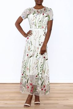 White short sleeve maxi dress with classy floral embroidery detail. Semi-lined dress with a round neckline and hidden zipper closure at the back. Mesh Embroidered Dress by Moon. Clothing - Dresses - Floral New York City Manhattan, New York City Maxi Dresses Uk, Maxi Skirt Outfits, Plus Size Maxi Dresses, Maxi Dress With Sleeves, Floral Maxi Dress, Lace Maxi, Maxi Skirts, Floral Lace, Maxi Dress Canada