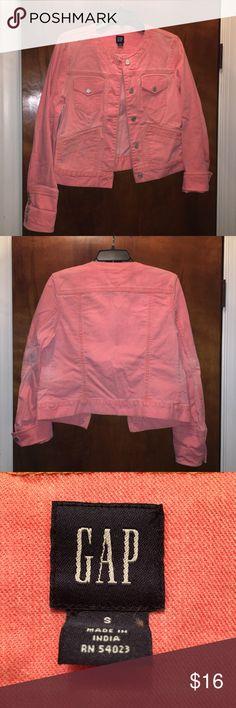 Gap peachy jacket Gap peachy jacket (jean/denim material) like new GAP Jackets & Coats Jean Jackets