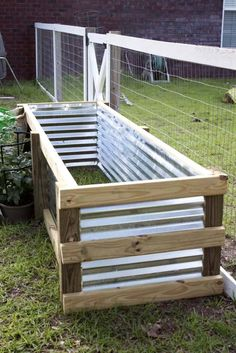 How to Build a Modern DIY Garden Box is part of Porch garden Boxes - If space is limited, your soil lacking or you're looking to dress up your garden space, a DIY garden box is perfect for the job Here's how to build your own! Porch Garden, Garden Yard Ideas, Veg Garden, Vegetable Garden Design, Garden Boxes, Garden Spaces, Lawn And Garden, Garden Projects, Patio