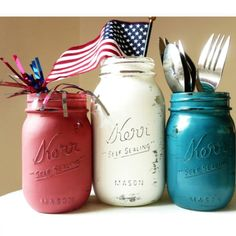 4th of July craft! Fun to use for utinsels and such!
