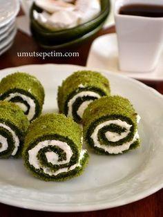 ıspanaklı kek tarifi Tasty, Yummy Food, Turkish Recipes, Frozen Yogurt, Food Art, Cupcake Cakes, Cake Recipes, Yummy Recipes, Bakery