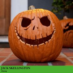 Add a little Disney magic to your Halloween with this Jack Skellington Pumpkin Carving featuring the beloved Nightmare Before Christmas character. Pumpkin Face Carving, Scary Pumpkin Faces, Disney Pumpkin Carving, Skull Pumpkin, Pumpkin Carving Templates, Pumpkin Carvings, Carved Pumpkins, Citouille Halloween, Halloween Pictures