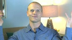 Wouldn't it be nice to have an easy, non-medical remedy for fatigue and low energy? In this video, fitness expert and author Tim Ferriss talks about how to use the herb holy basil to give energy levels an easy, aromatic boost. Fitness Expert, Video Fitness, Home Remedies, Natural Remedies, Basil Health Benefits, Tim Ferriss, Energy Level, Health And Nutrition, Human Body