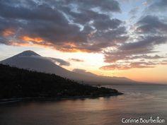 Agung volcano. Jemeluk Bay, Amed, Bali, Indonesia. July 2008.