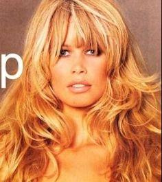 Claudia Schiffer Original Supermodels, Guess Girl, Toni Garrn, Most Beautiful Models, Linda Evangelista, Natural Eye Makeup, Claudia Schiffer, Face Hair, Cara Delevingne