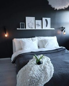 Minimal Bedroom With A Black Accent Wall And Ledge With Artworks Minimal Bedroom With A Black Accent Wall And Ledge With Artworks Room Ideas Bedroom, Bedroom Colors, Home Decor Bedroom, Minimal Bedroom, Modern Bedroom, White Bedrooms, Black Accent Walls, Dream Rooms, New Room
