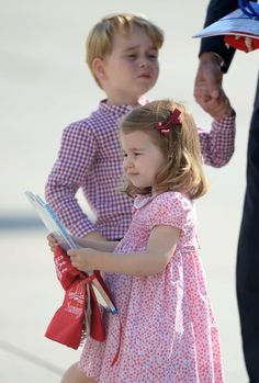 Prince William And Kate Middleton Ban iGadgets From Prince George And Princess Charlotte