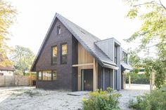 Fantastic Huis Voorbeelden that you must know, You're in good company if you're looking for Huis Voorbeelden Dream House Plans, My Dream Home, Modern Barn, Modern Farmhouse, Architecture Details, Modern Architecture, Residential Log Cabins, House Goals, Scandinavian Home