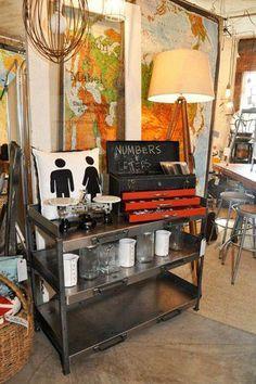 la boutique kenzo de la place des victoires une adresse propos e par aurore leblanc responsa. Black Bedroom Furniture Sets. Home Design Ideas
