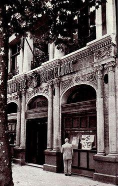 """1956 Fachada del """"Diario de Barcelona"""" en la calle Muntaner 49 - La Barcelona de antes"""