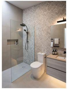 Small Wet Room, Small Shower Room, Wet Room Shower, Small Walk In Showers, Wet Room Bathroom, Bathroom Layout, Bathroom Ideas, Ensuite Room, Ensuite Bathrooms