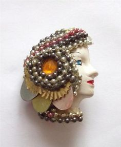 ART DECO STYLE LADY BEADED RESIN / LUCITE FACE BROOCH