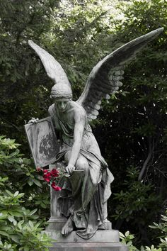 Angel Sculpture, Roman Sculpture, Sculpture Art, Cemetery Angels, Cemetery Art, Angel Artwork, Garden Angels, Angel Aesthetic, Angels Among Us