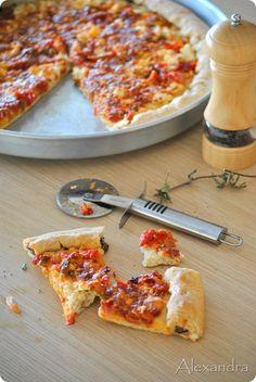 Νηστίσιμη πίτσα - Χρυσές Συνταγές Hawaiian Pizza, Vegetable Pizza, Food And Drink, Vegetables, Recipes, Foods, Drinks, Food Food, Drinking