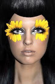 daisy eyes :: 60's makeup