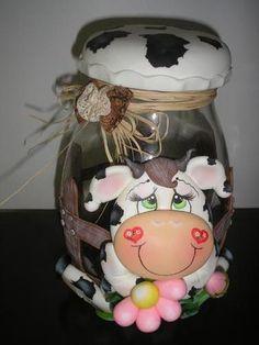 jar Cow Ornaments, Polymer Clay Ornaments, Ceramic Clay, Ceramic Painting, Jar Crafts, Diy And Crafts, Clay Jar, Jar Art, Bottle Art