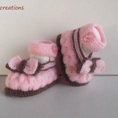 """Chaussons,chaussures, babies de bébé en  laine, tricotés,""""rose ,chocolat"""" 0/3 mois."""