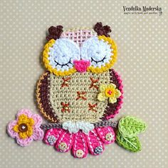 I wont't stop, I don't stop 😁 My owl madness 💜🙏😁 P. the pattern is ready in my etsyshop . Find me as vendulkam on etsy . Crochet Applique Patterns Free, Granny Square Crochet Pattern, Crochet Animal Patterns, Baby Knitting Patterns, Crochet Motif, Free Crochet, Crochet Birds, Crochet Crafts, Yarn Crafts
