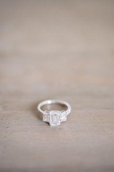 Elegant three stone engagement ring | Photography: Alexandra Grace Photo - alexgracephotogra...