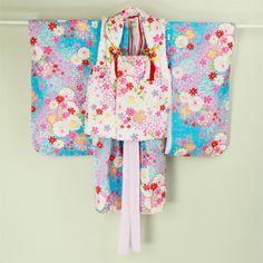 White and walter blue, flower pattern, iwaigi for child kimono set / 白×水色地 花柄 被布付き祝着と小物の7点セット   #Kimono #Japan http://global.rakuten.com/en/store/aiyama/
