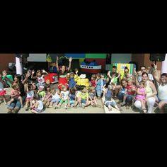 País de Xauxa PERALADA. Divendres 26 Juny. 16:00 h. Foto Record de la Festa final de Curs escola bressol Orlina. Moltes gràcies a tothom! Una festa molt maca! Us recordarem! #paisdexauxa #PaísdeXauxa #peralada #animacióinfantil #músicainfantil #espectaclesinfantils