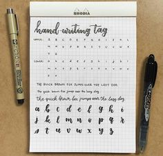 good handwriting tips Handwriting Examples, Perfect Handwriting, Handwriting Alphabet, Handwriting Styles, Handwriting Analysis, Hand Lettering Alphabet, Improve Handwriting, Schrift Design, Bullet Journal Notes
