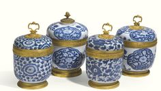TWO MATCHED PAIRS OF GILT-BRONZE-MOUNTED CHINESE BLUE AND WHITE PORCELAIN BOWLS AND COVERS  THE MOUNTS RÉGENCE, 1715, THE PORCELAIN QING DYNASTY, KANGXI PERIOD (1662-1722)