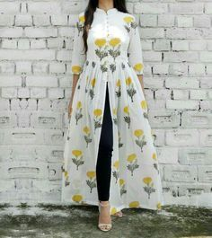 indian fashion Suits -- CLICK Visit link above for more options Indian Designer Outfits, Indian Outfits, Designer Dresses, Dress Indian Style, Indian Wear, Kurta Designs Women, Blouse Designs, Hijab Stile, Yellow Maxi Dress