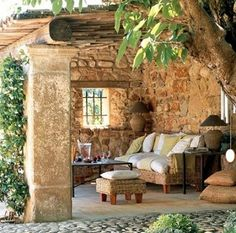 outdoor living,patio furniture,outdoor furniture,Tuscan style,stone patio