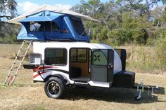Teardrop Camper trailer sleeps 4 with grill.  Great for Jeepers and offroad enthusiasts.