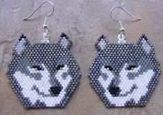 Grey Wolf Head Hand Made Seed Beaded | wolflady - Jewelry on ArtFire
