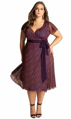 Plus size clothing for full figured women. We carry young and trendy, figure flattering clothes for plus size fashion forward women. Curvalicious Clothes has the latest styles in plus sizes Xl Mode, Mode Plus, Plus Size Casual, Plus Size Outfits, Plus Size Gowns, Curvy Girl Fashion, Plus Size Fashion, Steampunk Fashion, Fashion Fall