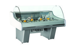 """PROVENCE - Display counter recommended with crushed ice for fresh fi sh - Static refrigeration with cold table - Fully automatic operation with temperature controller - Curved glass / low glass - Adjustable feet - Drain fi tted for easy cleaning - AISI 304 stainless steel structure and interior - Coated evaporator - Isolation """"In Situ"""" - 100% CFC free - Temperature range :  - Refrigerant : R134a - The models were designed for operation under conditions of 25°C and 60%…"""