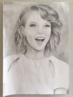 All Credit to the owner Photos Of Taylor Swift, Selena And Taylor, Taylor Swift Fan, Red Taylor, Taylor Alison Swift, Marvel Drawings, Cool Drawings, Taylor Swift Drawing, Harry Potter Sketch