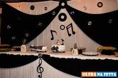 Resultado de imagem para festa de 15 anos com tema de notas musicais