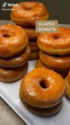 Fun Baking Recipes, Donut Recipes, Sweet Recipes, Dessert Recipes, Cooking Recipes, Delicious Desserts, Yummy Food, Tasty, Food To Make