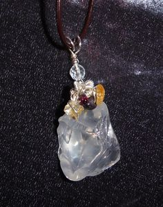 Quartz citrine and garnet pendant