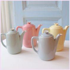 pastel teapot Petrus Regout