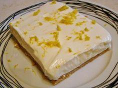 Lemon dessert with digestives and Greek yogurt Greek Sweets, Greek Desserts, Summer Desserts, Easy Desserts, Delicious Desserts, Dessert Recipes, Easter Recipes, Lemon Recipes, Greek Recipes