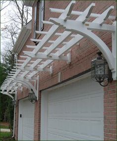 Special End Cut Brackets from Walpole Outdoors. Browse our large selection of wood and vinyl lattice and trellis over garage doors, windows and doors. Diy Pergola, Cheap Pergola, Pergola Shade, Gazebo, Pergola Ideas, Pergola Kits, Modern Pergola, Garage Trellis, Door Arbor