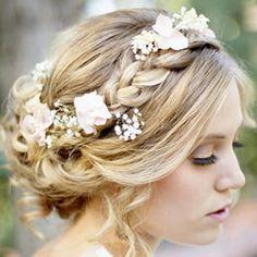 Casarão das Flores e Cestas - Penteado de noiva com flor natural