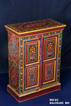 Handpainted indian bedside cabinet bedside small for Muebles marroquies online