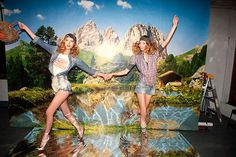 Tatyana Usova & Tatiana Lyadochkina by Marcelo Krasilcic for Elle Italia July 2010 Gone Rogue, Latest News Headlines, Contemporary Photographers, World Of Fashion, Fashion 2016, New Politics, College Girls, Us Images, Rogues
