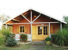 În momentul în care doriţi să construiţi o casă, cu siguranţă v-aţi dori ca aceasta să fie cât mai performantă şi să vă aducă foarte multe beneficii. În ultimii ani, proiectele de case mici şi ieftine sunt din ce în ce mai solicitate, asta şi datorită costului de construcţie aproximativ egal cu costul cumpărării unui apartament la bloc. Suprafaţa construită şi desfăşurată a unei astfel de case oscilează între 80 şi 120 mp şi poate creşte puţin dacă în proiect se include şi o mansardă…